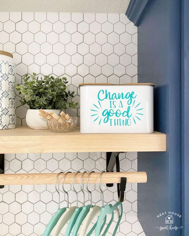 🎉 Cue the confetti! We finished our laundry room makeover 🥳 #ad, and it wouldn't be complete without the finishing touches made with my @officialcricut   🏷️ I am the happiest when I get to combine two of my greatest passions: making crafts and organizing my home, and with 𝗖𝗿𝗶𝗰𝘂𝘁'𝘀 𝗦𝗺𝗮𝗿𝘁 𝗠𝗮𝘁𝗲𝗿𝗶𝗮𝗹𝘀 doing these projects was a breeze!  👉🏻 Head over to the blog to see how I made 4 organization projects using vinyl, writable labels, and iron-on. All made with Smart Materials!   #cricutmade #homeorganization #organizewithme #madewithcricut #cricutjoy #cricutsmartvinyl #cricutironon #cricutlabels #labels #labeling #τhμrsδάλτύlίρs #laundryroomorganization #organizingwithcricut #cricutsmartmaterials #cricutjoycrafts #neatsweetlaundry #organizedhome #organizedlaundryroom
